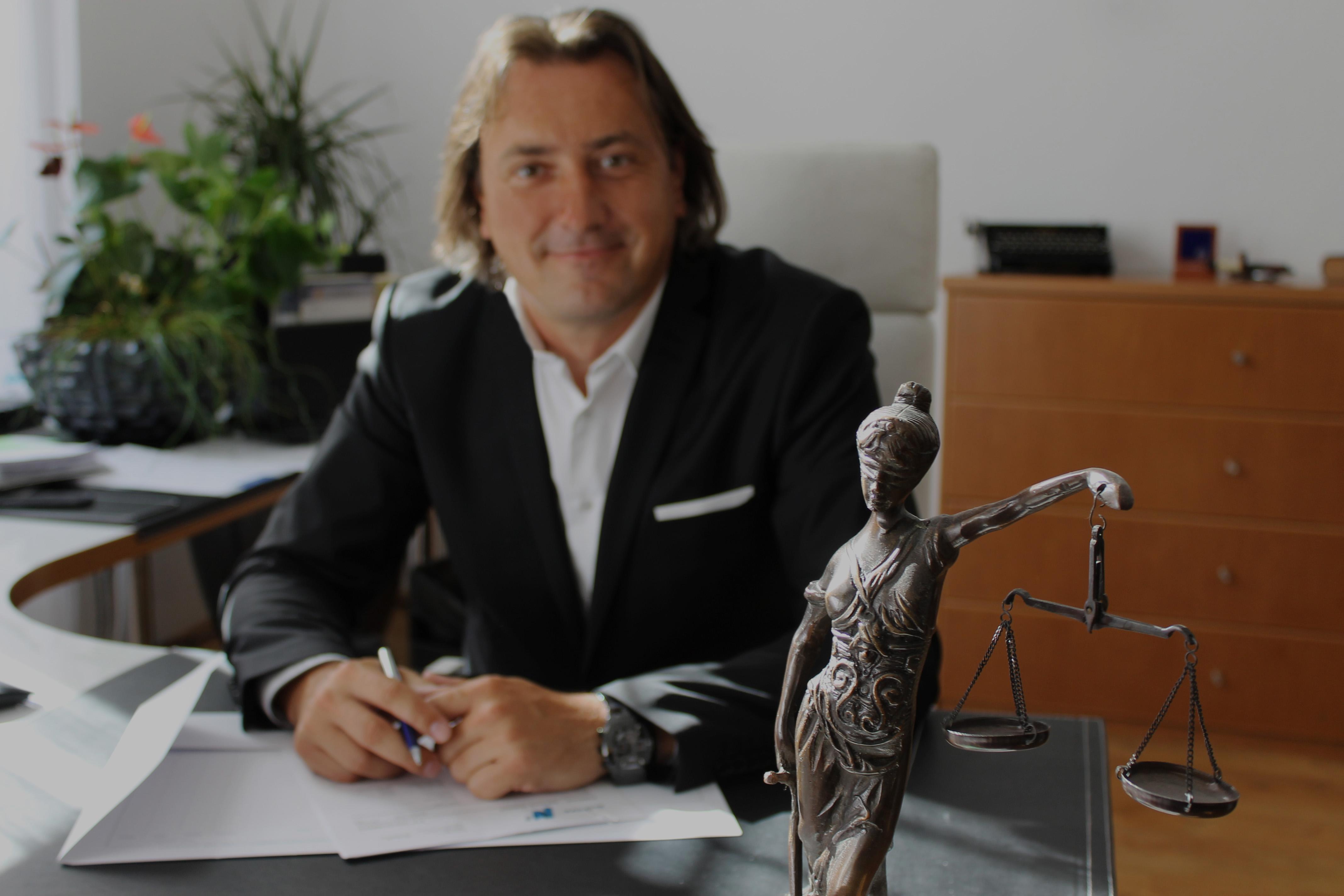 Pavel-Kosek-Advokát-3